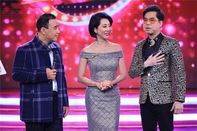 Việt Hương để tóc tém cực chất, hội ngộ cùng MC Nguyễn Cao Kỳ Duyên - Ảnh 9.