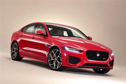 =3. Jaguar XE Diesel (mức tiêu hao nhiên liệu: 7,8 lít/100 km).
