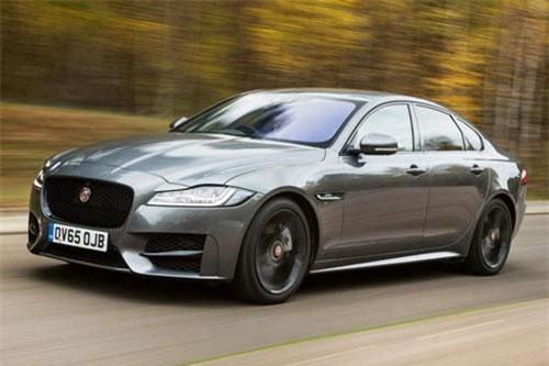 =7. Jaguar XF Diesel (mức tiêu hao nhiên liệu: 8,1 lít/100 km).