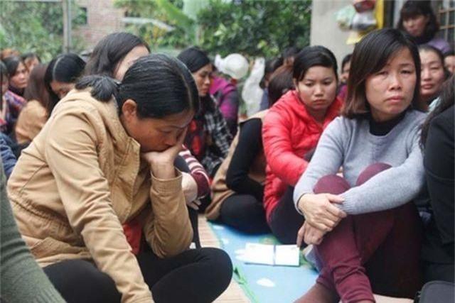 """256 giáo viên ở Sóc Sơn có nguy cơ mất việc: Không nên… """"đánh úp"""", """"vắt chanh bỏ vỏ"""" - 1"""