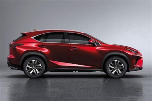 Lexus NX300 2019.