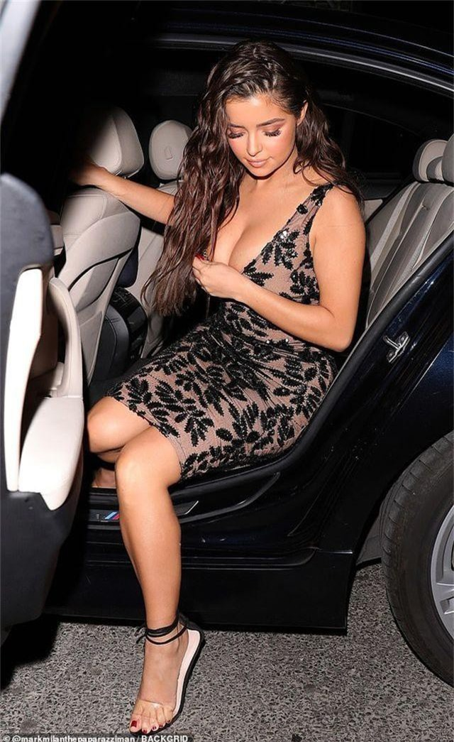 Demi Rose diện váy trễ nải đón tuổi mới - 7