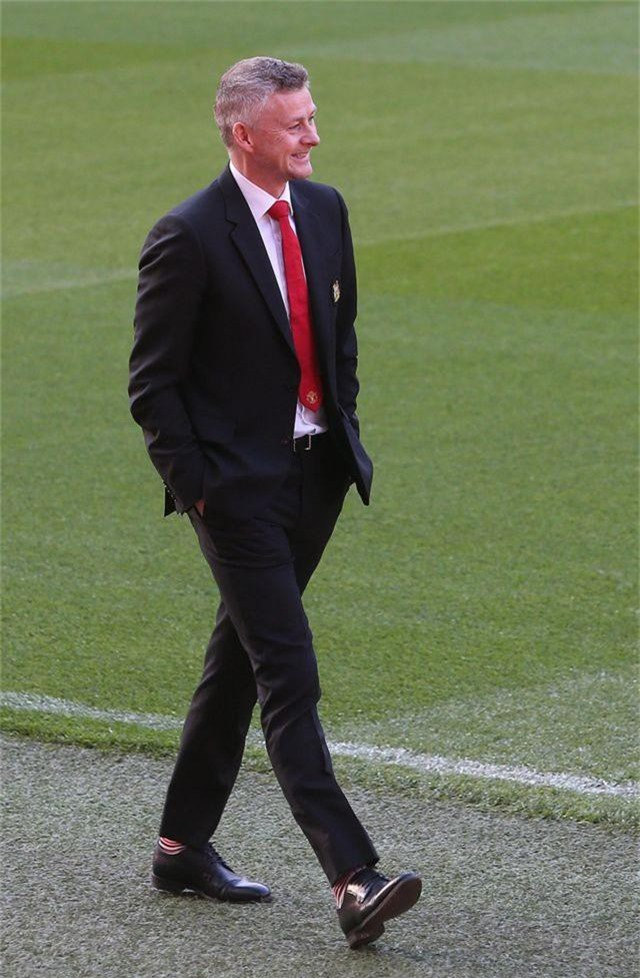 Solskjaer muốn cùng Man Utd vô địch Premier League - 7