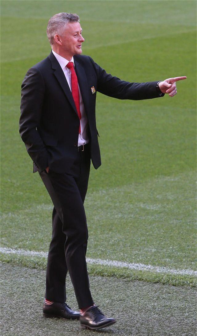 Solskjaer muốn cùng Man Utd vô địch Premier League - 8