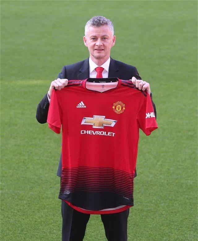 Solskjaer muốn cùng Man Utd vô địch Premier League - 9