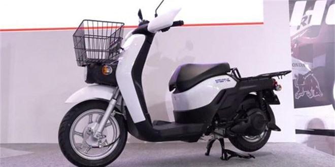 Honda Benly Electric.