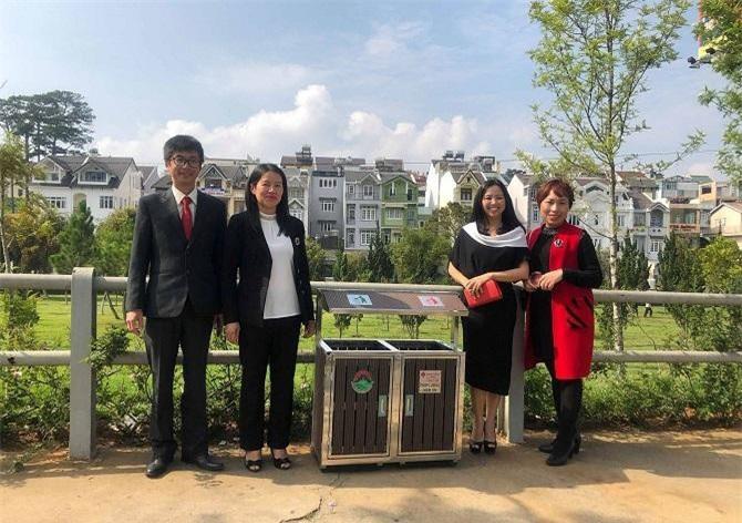 Lãnh đạo UBND TP. Đà Lạt rất hoan nghênh sự chung tay của các doanh nghiệp vì một Đà Lạt xanh - sạch - đẹp (Ảnh: VH)