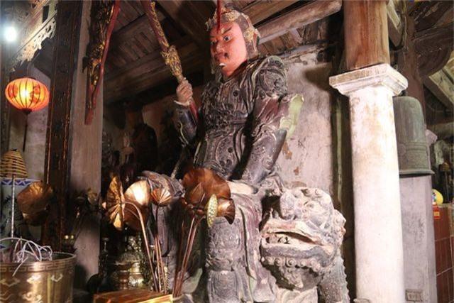 Cám cảnh ngôi chùa 300 tuổi dột nát, tượng nứt vỡ ở Hà Nội - 10