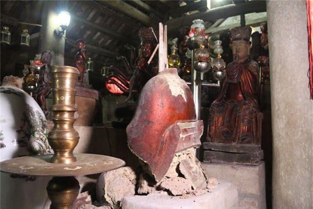 Cám cảnh ngôi chùa 300 tuổi dột nát, tượng nứt vỡ ở Hà Nội - 3