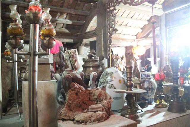 Cám cảnh ngôi chùa 300 tuổi dột nát, tượng nứt vỡ ở Hà Nội - 4