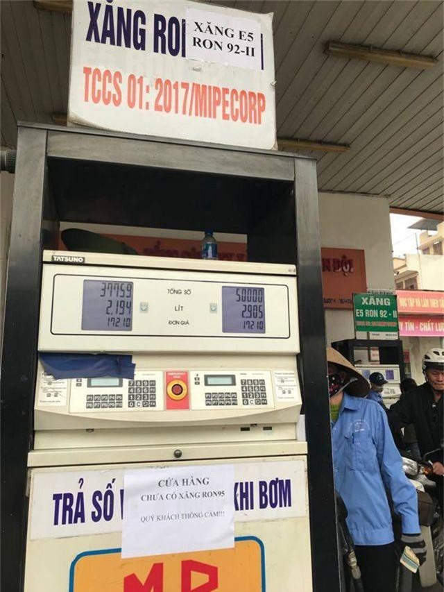 Các doanh nghiệp ngừng bán xăng sẽ bị xử phạt và rút giấy phép kinh doanh - 1