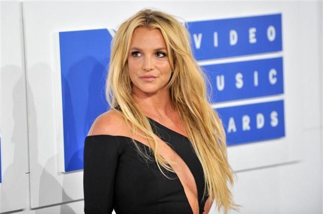 """Sau Selena, """"công chúa nhạc Pop"""" Britney Spears cũng phải đi điều trị tâm thần - Ảnh 1."""