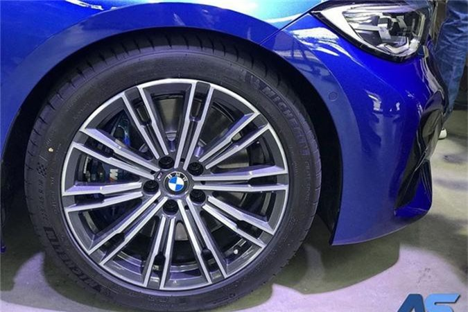 BMW 3-Series 2019 gia 2,1 ty tai Thai, sap ve Viet Nam-Hinh-5