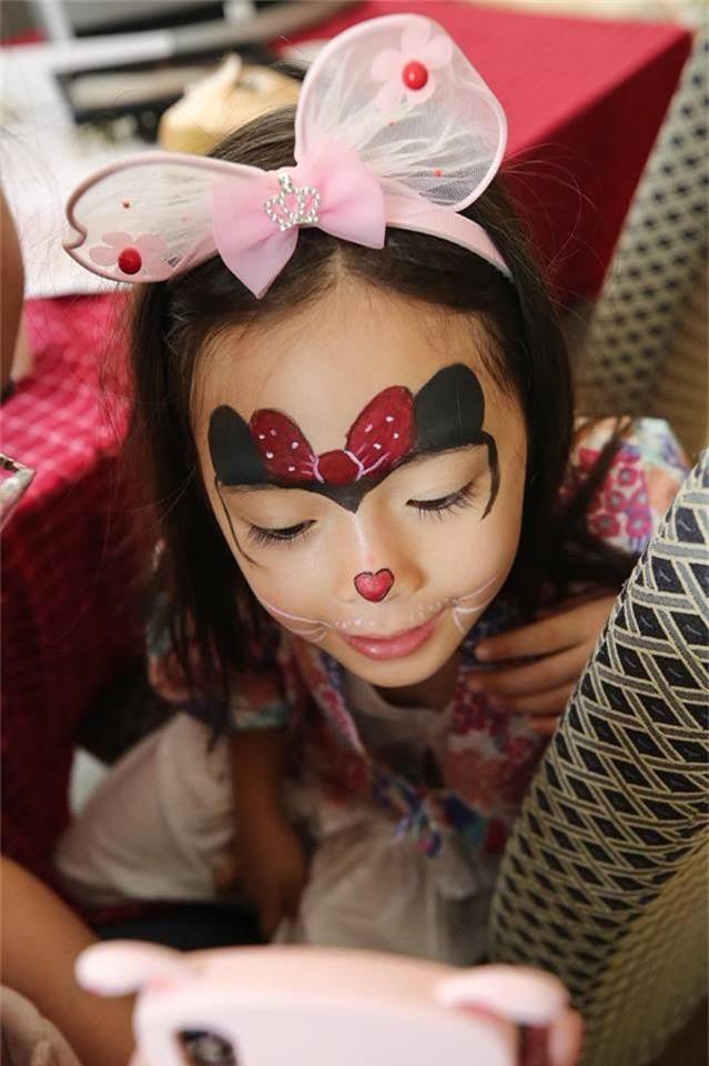 Con gái Đoan Trang xinh như thiên thần trong tiệc sinh nhật lộng lẫy mừng 5 tuổi - Ảnh 9.