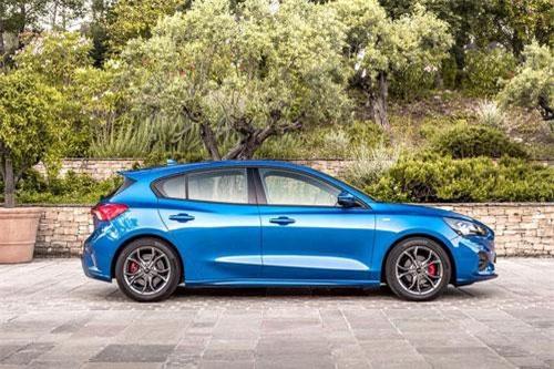 4. Ford Focus (doanh số: 16.668 chiếc).