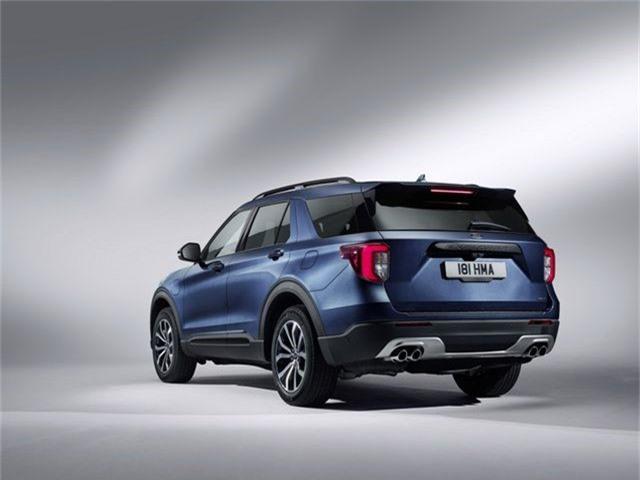 Ford giới thiệu Explorer phiên bản hybrid sạc điện - 11