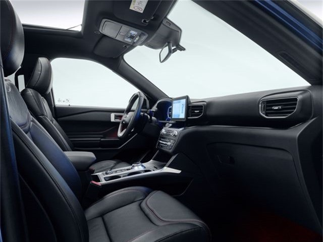 Ford giới thiệu Explorer phiên bản hybrid sạc điện - 7