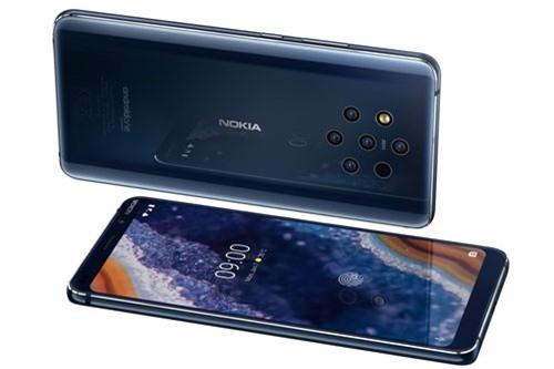 Nokia 9 PureView chỉ có màu xanh nửa đêm. Giá bán của máy ở châu Âu là 699 USD (tương đương 16,21 triệu đồng).