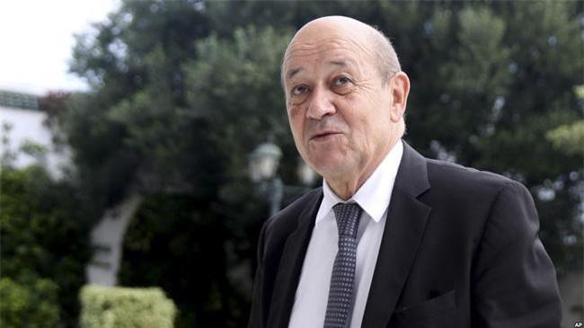 Ngoại trưởng Pháp Jean-Yves Le Drian là chủ nhà Hội nghị Ngoại trưởng G7 năm nay. Ảnh: AP.