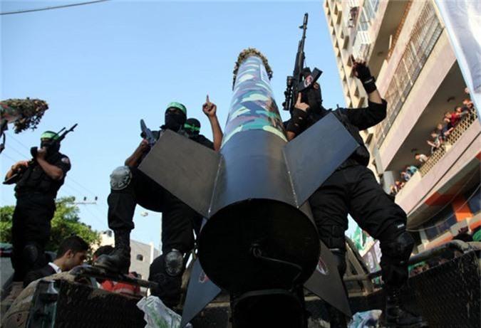 "Soi loat vu khi nguy hiem nhat Hamas khien Israel ""lanh gay""-Hinh-10"