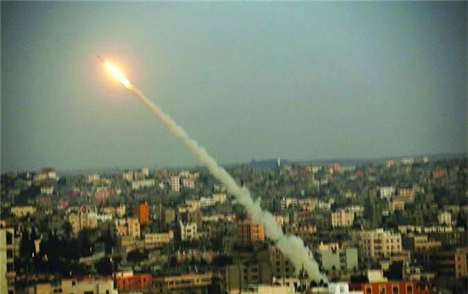 "Soi loat vu khi nguy hiem nhat Hamas khien Israel ""lanh gay""-Hinh-12"