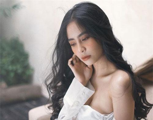 Ca nương Kiều Anh có tên đầy đủ là Nguyễn Kiều Anh. Cô sinh ngày 30/9/1994 tại Hà Nội.