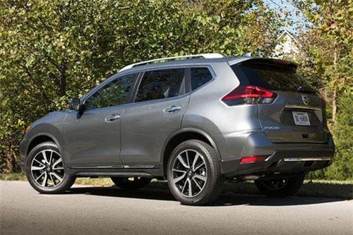 4. Nissan Rogue (doanh số: 93.814 chiếc).