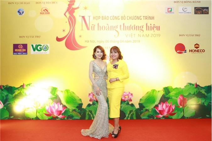 CEO Hồ Thanh Hương hội ngộ Stylist Design Kim Sỹ