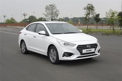 4. Hyundai Accent (doanh số: 1.681 chiếc).