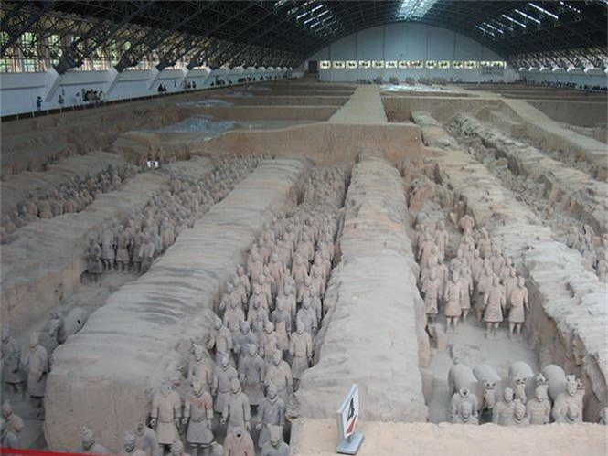 Bí ẩn thanh kiếm ngàn năm sắc lẹm trong mộ Tần Thủy Hoàng - ảnh 1