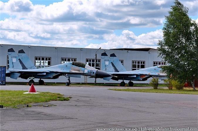 Tung quan may bay, Nga loi 5 chiec Su-30 doi dau ra dung not!-Hinh-7