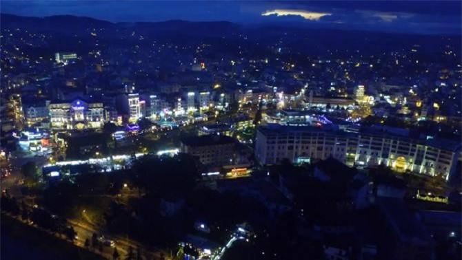 Một góc thành phố Đà Lạt về đêm (Ảnh: VH)