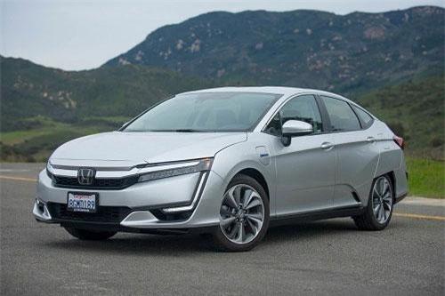 9. Honda Clarity EV 2019 (giá khởi điểm: 36.620 USD).