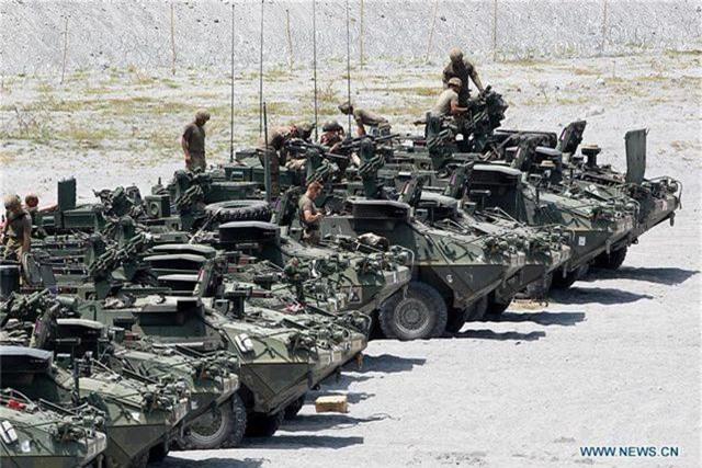 Khí tài quân sự Mỹ - Philippines phô diễn sức mạnh trong tập trận lớn nhất năm - 4