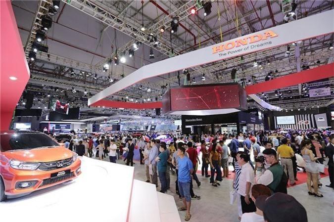 Honda Brio và VinFast Fadil chuẩn bị đưa về Việt Nam đối mặt với các đối thủ sừng sỏ. Ảnh minh họa: Internet
