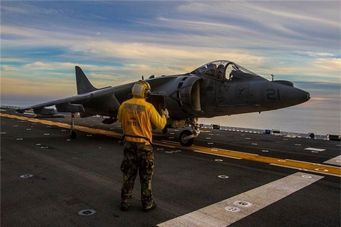 """Lo bang chung ro rang Hai quan My """"ngan den tan co"""" F-35B-Hinh-5"""