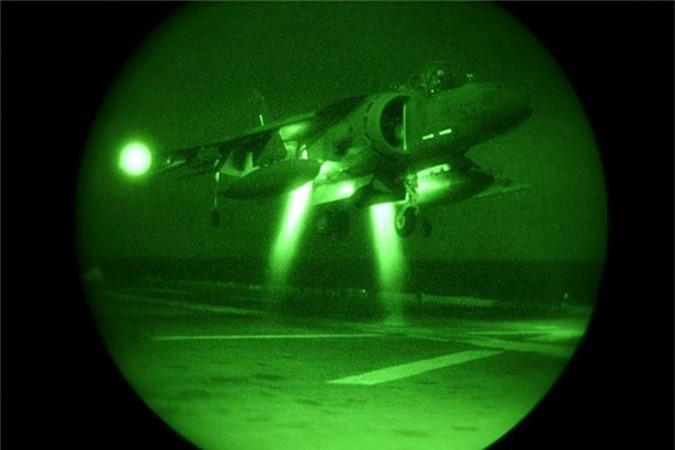 """Lo bang chung ro rang Hai quan My """"ngan den tan co"""" F-35B-Hinh-8"""