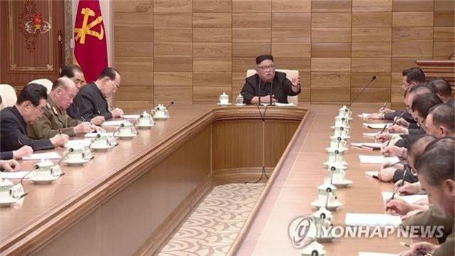 Ông Kim Jong-un tuyên bố Triều Tiên không khuất phục các lệnh trừng phạt - 1