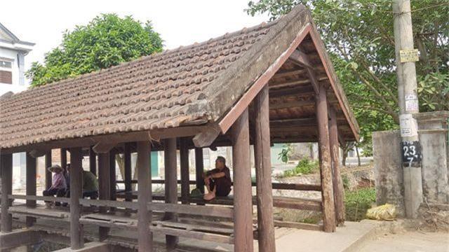 """Cầu ngói trăm năm tuổi được xem như """"báu vật"""" ở Ninh Bình - 2"""