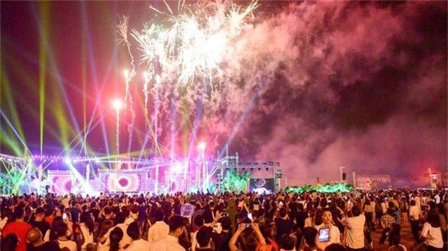 Hàng vạn người mãn nhãn với màn pháo hoa trong đêm khai hội Đền Hùng 2019 - 2