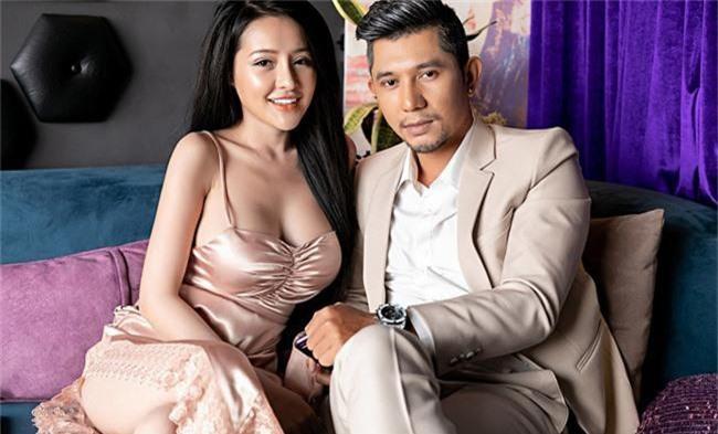 Vừa rủ nhau phẫu thuật thẩm mỹ, Lương Bằng Quang - Ngân 98 bất ngờ chia tay, chặn luôn Facebook và viết status phũ phàng? - Ảnh 2.
