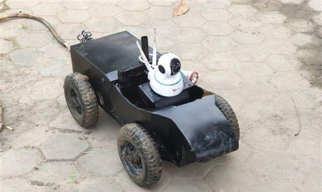 """Hà Nội dùng robot """"siêu âm"""" lòng cống - 2"""