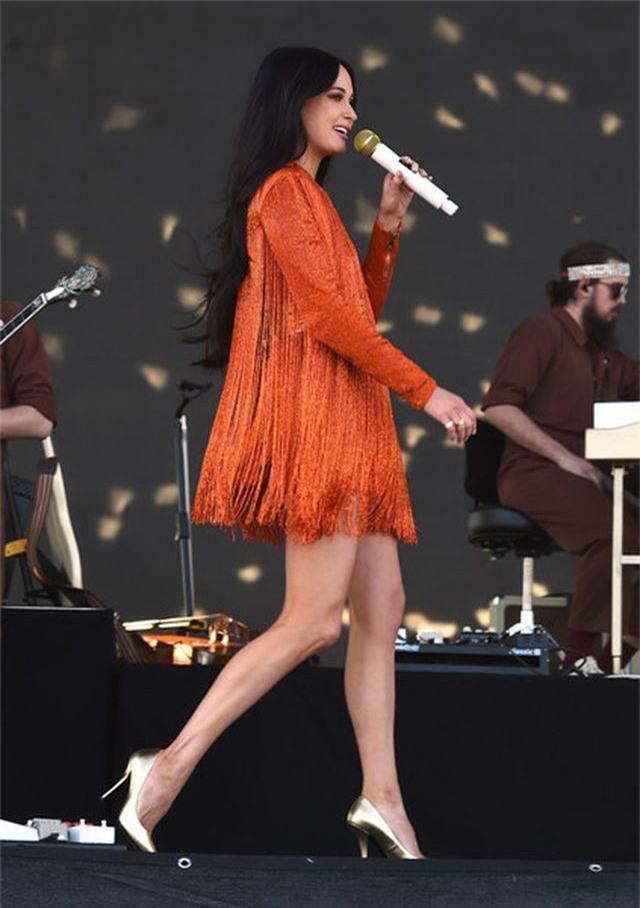 Nhan sắc ngojt ngào của ca sỹ vừa giành 4 giải Grammy - 8