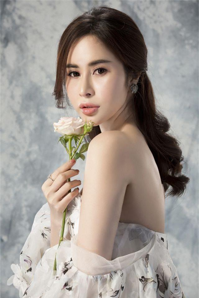 Người mẫu Việt tiết lộ sốc về chuyện quay clip nóng trong làng giải trí - 2