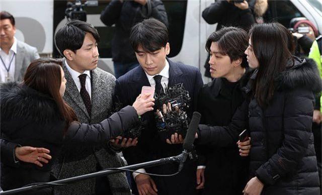 Cảnh sát xin lệnh bắt giữ Seungri sau 2 tháng điều tra - 2
