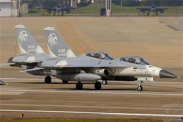 Mỹ bán gói hỗ trợ 500 triệu USD cho máy bay F-16 của Đài Loan - 1