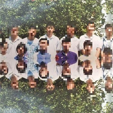 Những bức hình thời đi học của Húc Phượng Đặng Luân gây sốt trên mạng - Ảnh 10.
