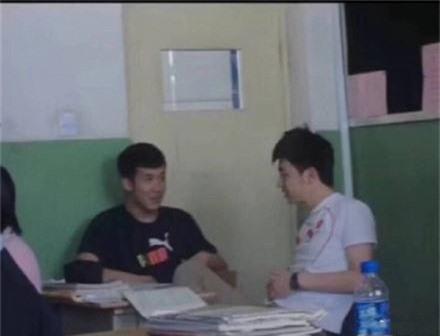 Những bức hình thời đi học của Húc Phượng Đặng Luân gây sốt trên mạng - Ảnh 6.