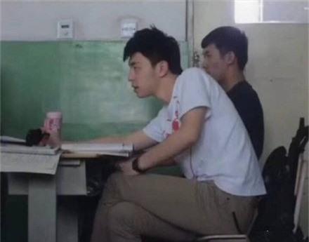 Những bức hình thời đi học của Húc Phượng Đặng Luân gây sốt trên mạng - Ảnh 7.