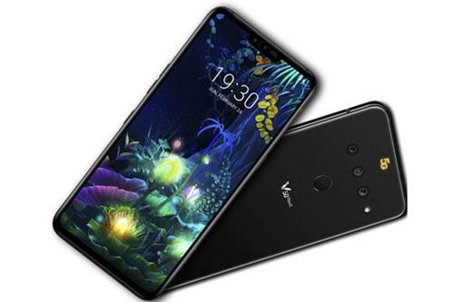 Sức mạnh phần cứng của V50 ThinQ 5G đến từ chip Qualcomm Snapdragon 855 lõi 8 với xung nhịp tối đa 2,84 GHz, GPU Adreno 640. RAM 6 GB/ROM 128 GB, có khay cắm thẻ microSD với dung lượng tối đa 512 GB. Hệ điều hành Android 9.0 Pie, được tùy biến trên giao diện LG UX 8.0.